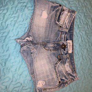 Light washed jean shorts from aeropostale